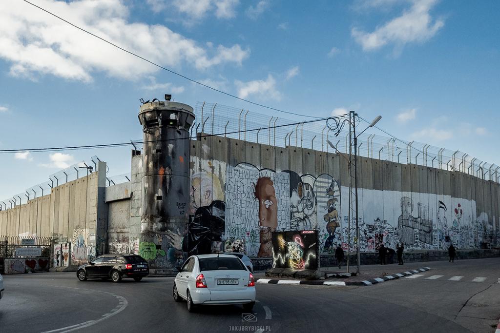 Podróż do Betlejem by zobaczyć street art