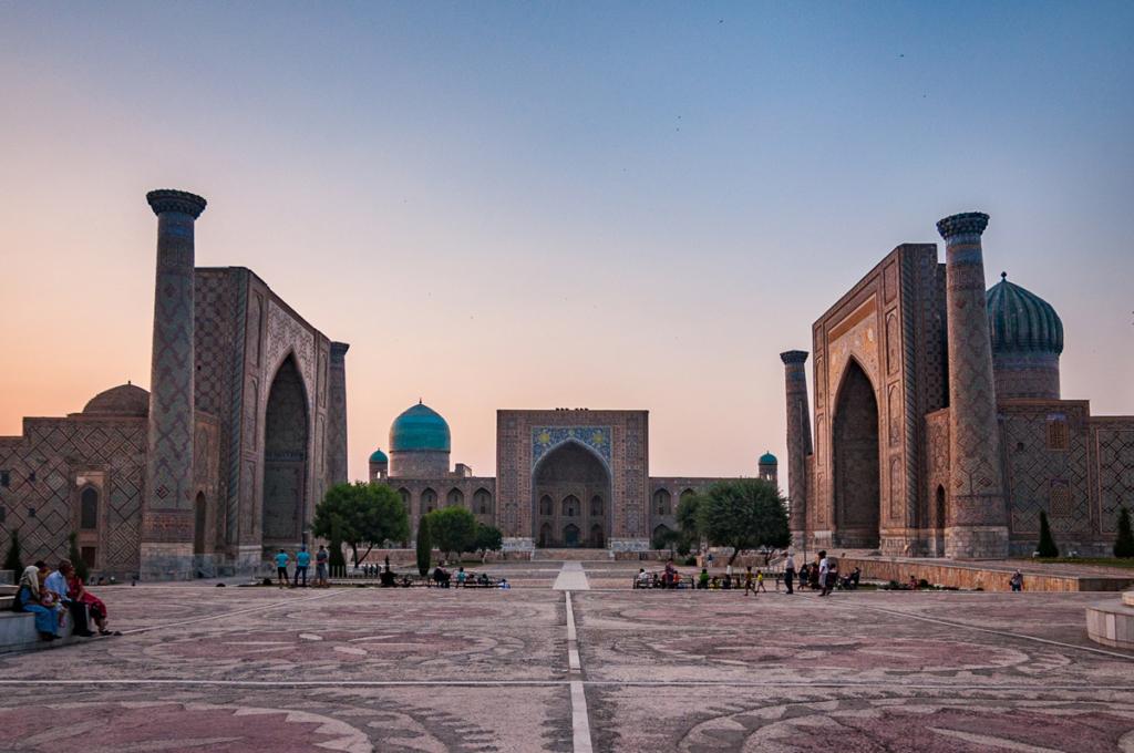 Zachód słońca w Samarkandzie