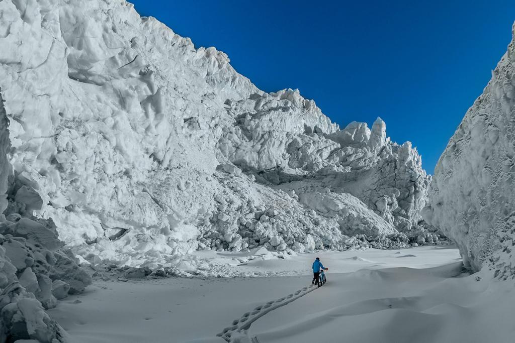 Rowerowa wyprawa po zimowej Grenlandii