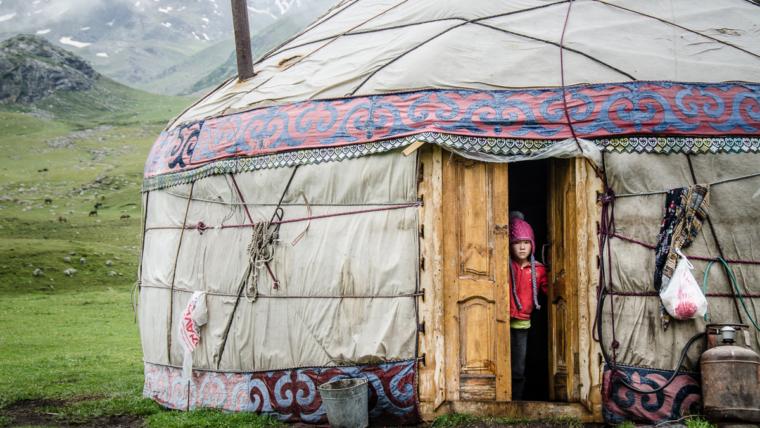 Kirgistan demokracja w Azji Centralnej