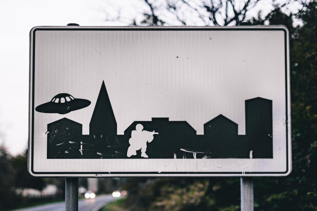 tablica ufo krzystkowiece