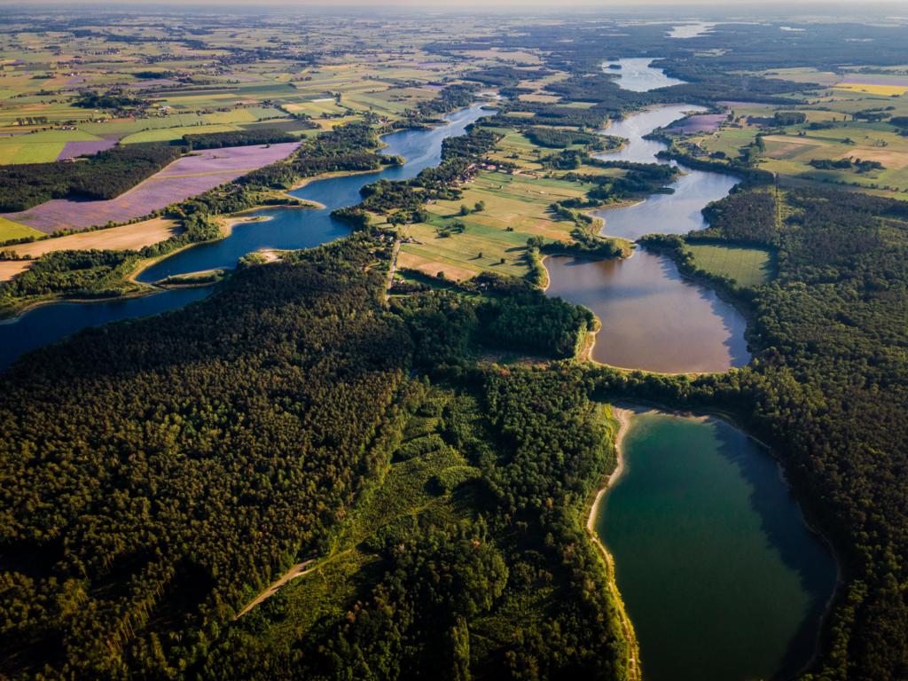 wysychające jeziora przyjezierze