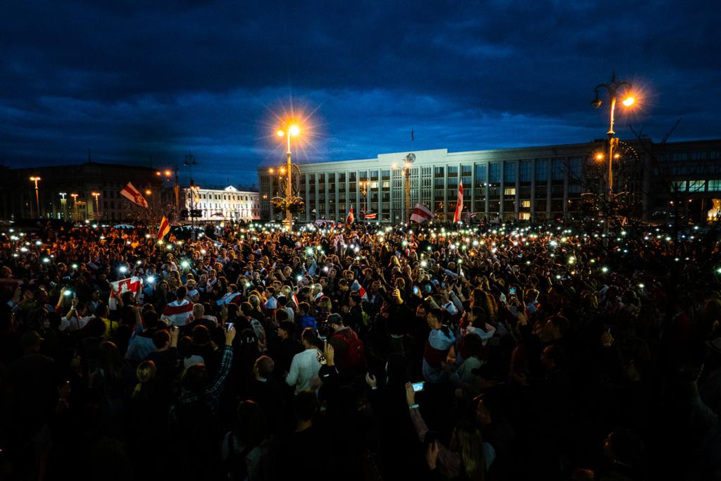 rewolucja na Białorusi wieczorne protesty